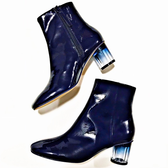 f398359442aa HOST PICK🏅ZARA Navy Patent Finish Ankle Boots. M 5a4aec7ba4c485a5bb06c9ce